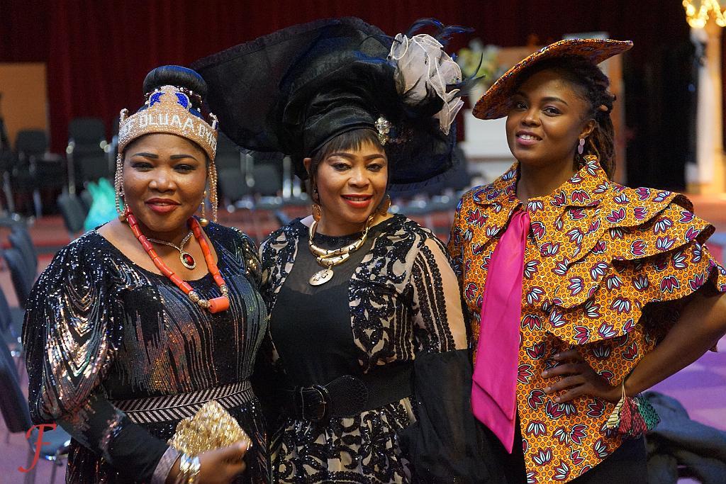 3 African Beauties