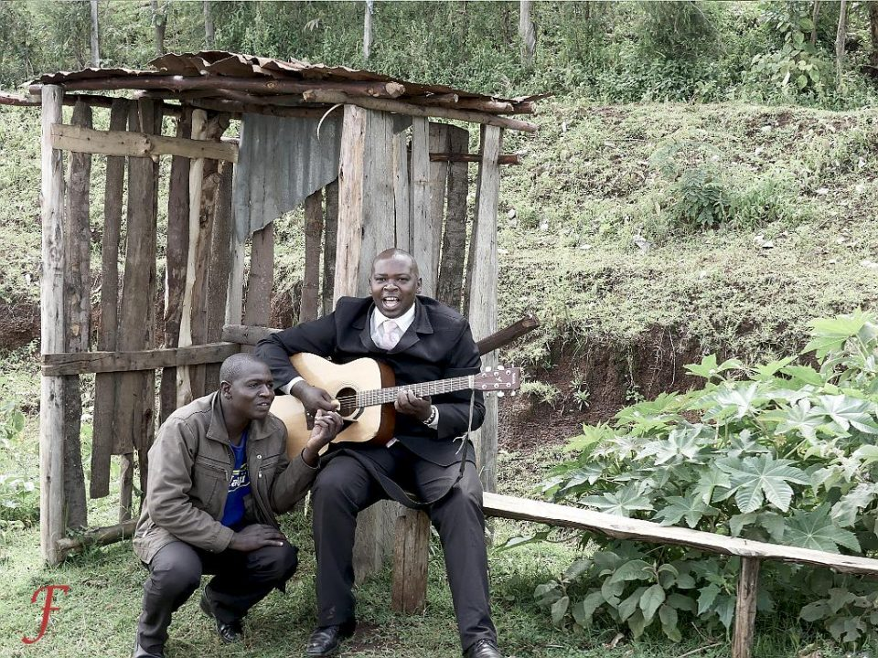 The Narok highway roadside musician